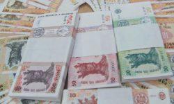 Bani albi pentru zile negre. Câți bani au moldovenii în bănci