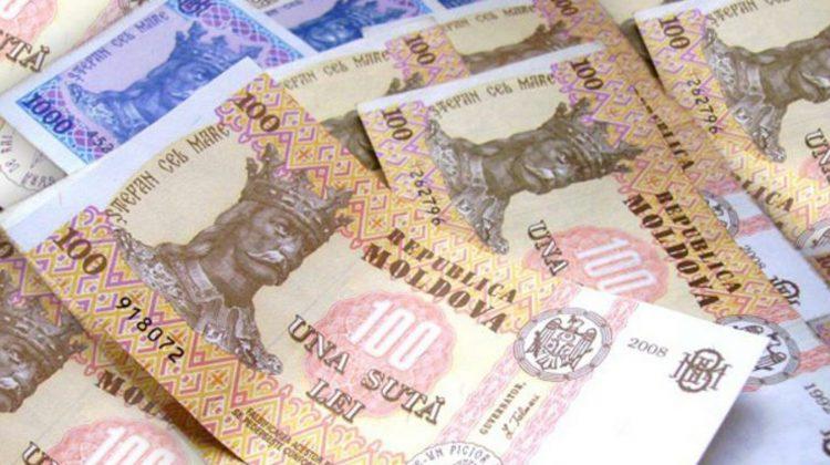 Record de împrumuturi în Moldova. Pentru ce iau credite moldovenii