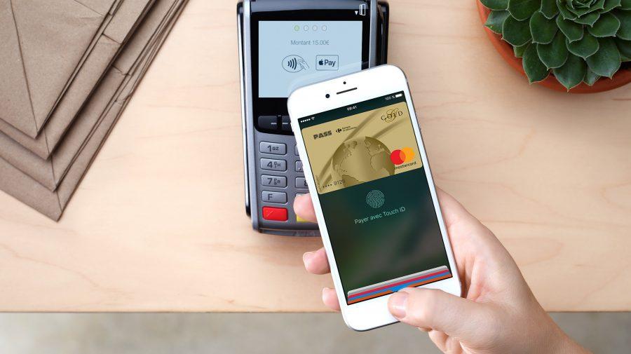 Hackerii ar putea forța iPhone-urile cu ecranul blocat să efectueze plăți contactless