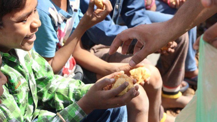 Director ONU: Cei mai bogați trebuie să ajute la problema foametei globale. Ar fi nevoie de doar 2% din averea lui Musk