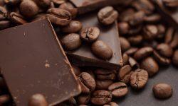 Cum vă imaginați o viață fără cafea și ciocolată? Alimentele care ar putea deveni un LUX în viitorul apropiat