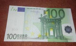 Statul francez contribuie la contracararea creșterii prețurilor la combustibili și energie. Cine va beneficia de 100 €