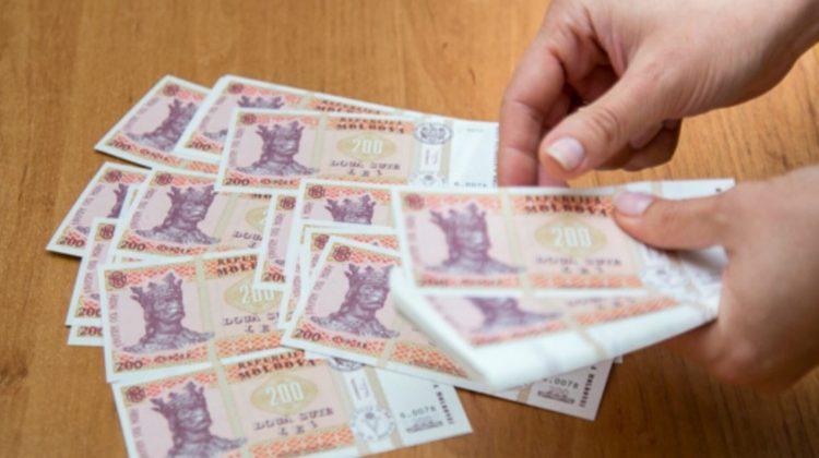 Ce salarii au obținut moldovenii în trimestrul II al anului 2021? Cine câștigă cei mai mulți bani și cine mai puțin…
