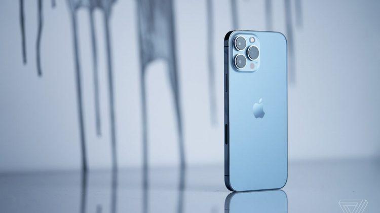 (VIDEO) iPhone 13 Pro Max este unul dintre cele mai bine construite telefoane de pe piață. Ce îl face atât de rezistent
